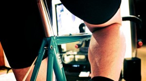 Experts recommend stationary cycling to strengthen lungs affected by COPD.