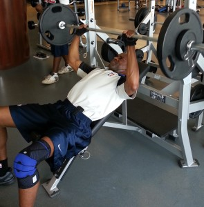 Rodney Robinson lifting his way out.