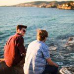 friends by ocean, pic