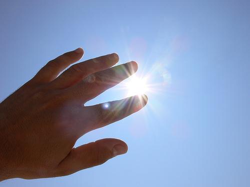 blinding sun, pic - Fitness & Wellness News